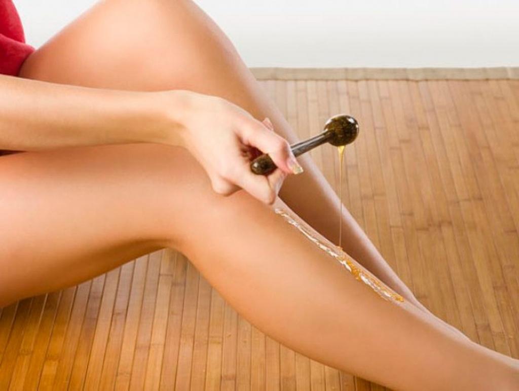Чем убрать воск с волос